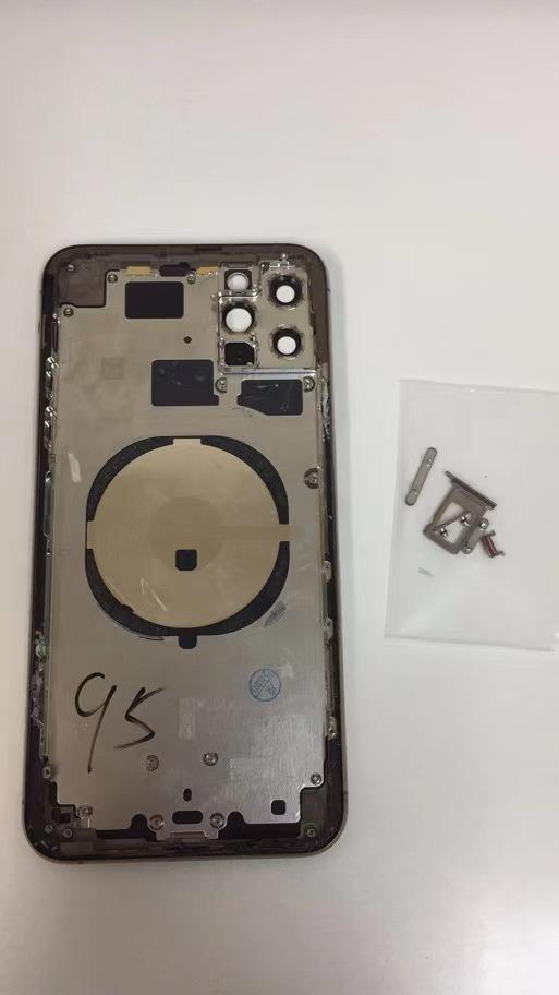 送料無料 美品 iPhone11promax 純正バックパネル筐体 フレーム バックパネル_画像1