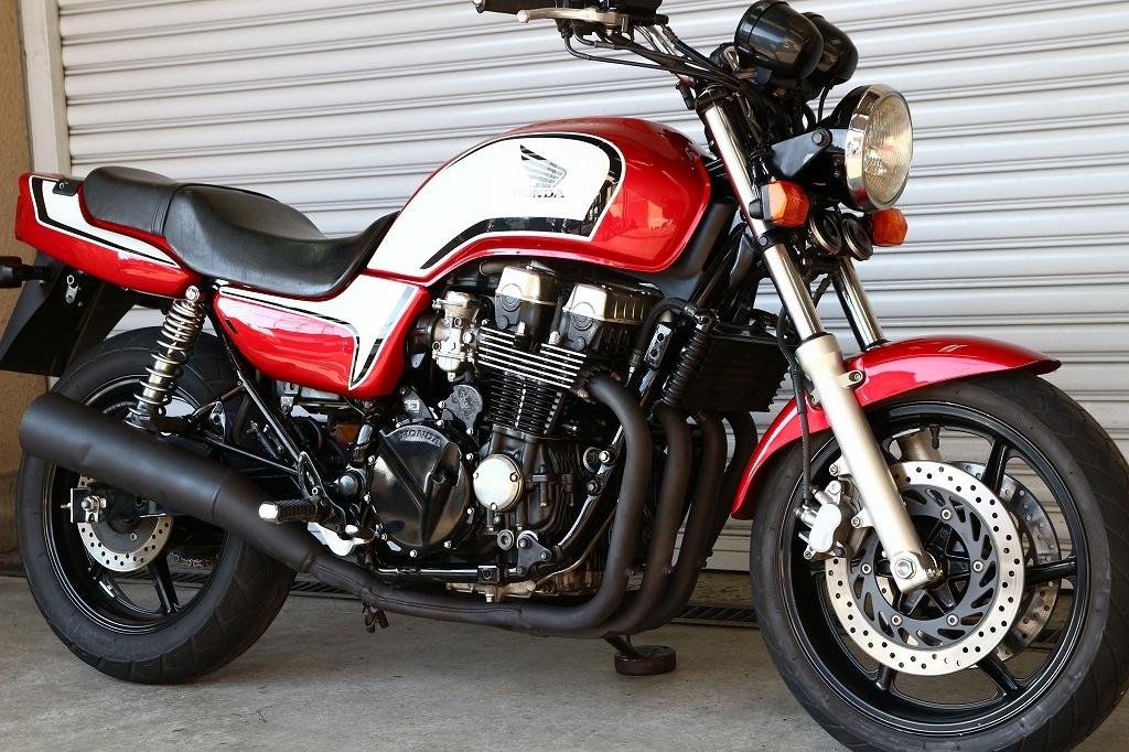 「CB750/赤白CBXカラー/RC42/エンジン好調/外装コンディションキレイです/実走行21610㎞/修復歴なし/CB750K/」の画像1