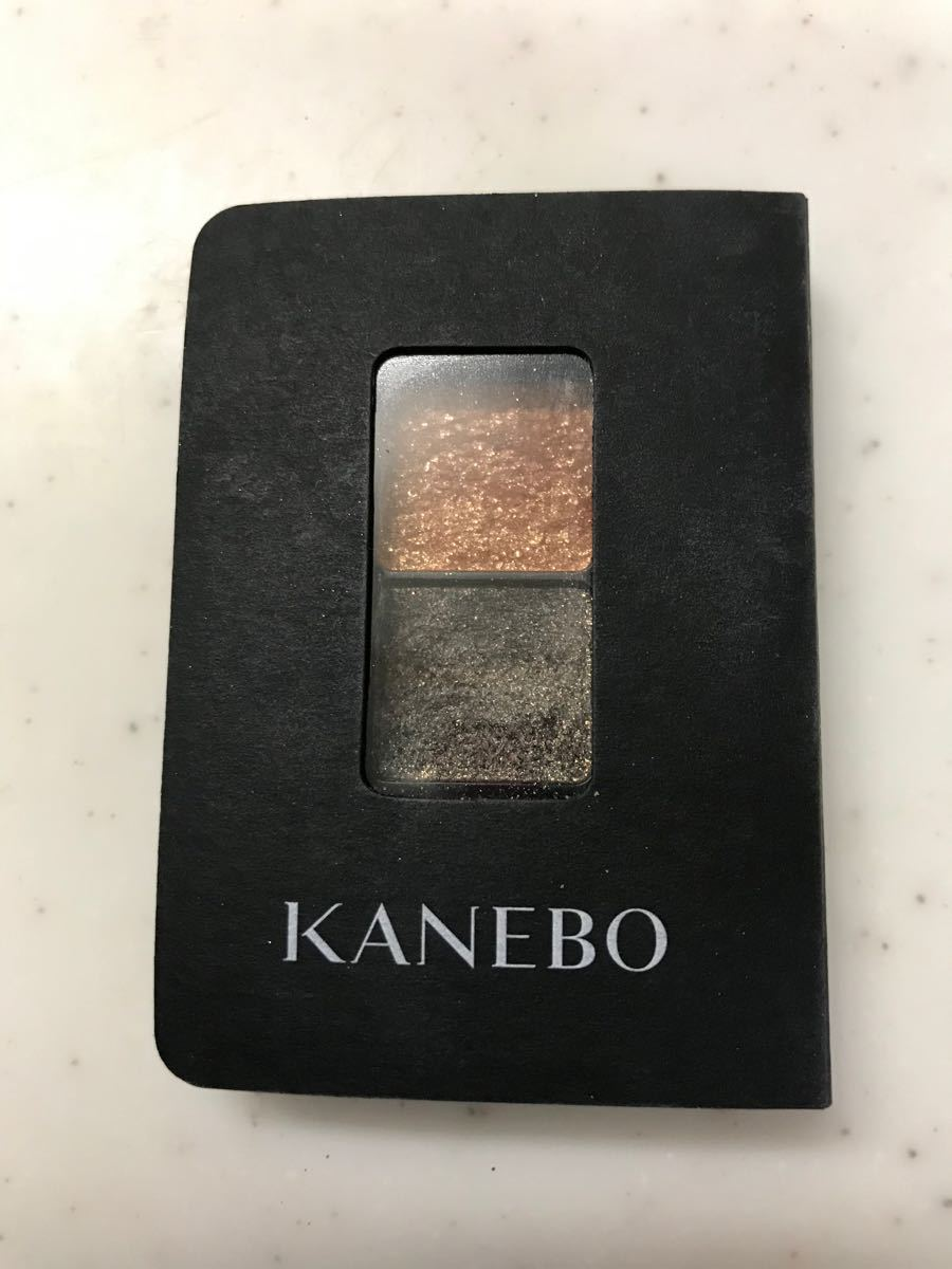 カネボウ  KANEBO アイカラーデュオ 15