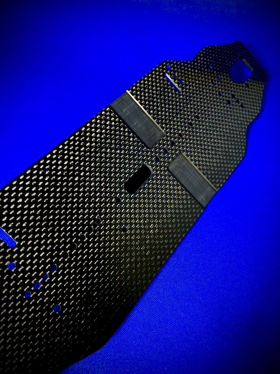 最新 XRAY T4 2021 メインシャーシ 新品 蕨山Carbon カーボン製