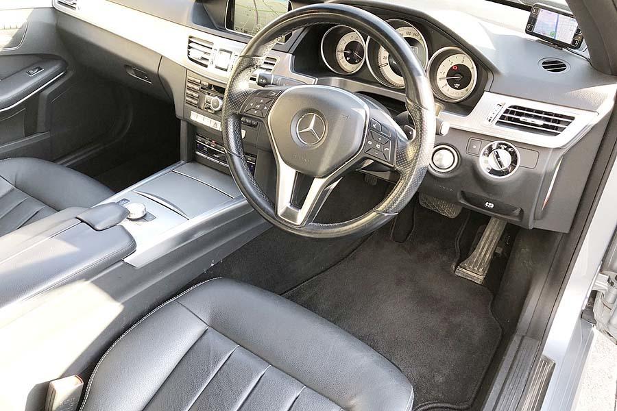「【全車輌消毒消臭済】車庫保管 メルセデスベンツE350ブルーテック NEWカラー シルバーブルー 360°カメラ付」の画像3