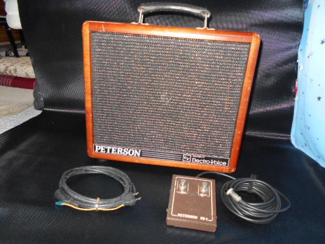 値下げ出品PETERSON P100GP MKⅡEVエレクトロボイススピーカー、専用フットスイッチ付き、100W後期型中古品