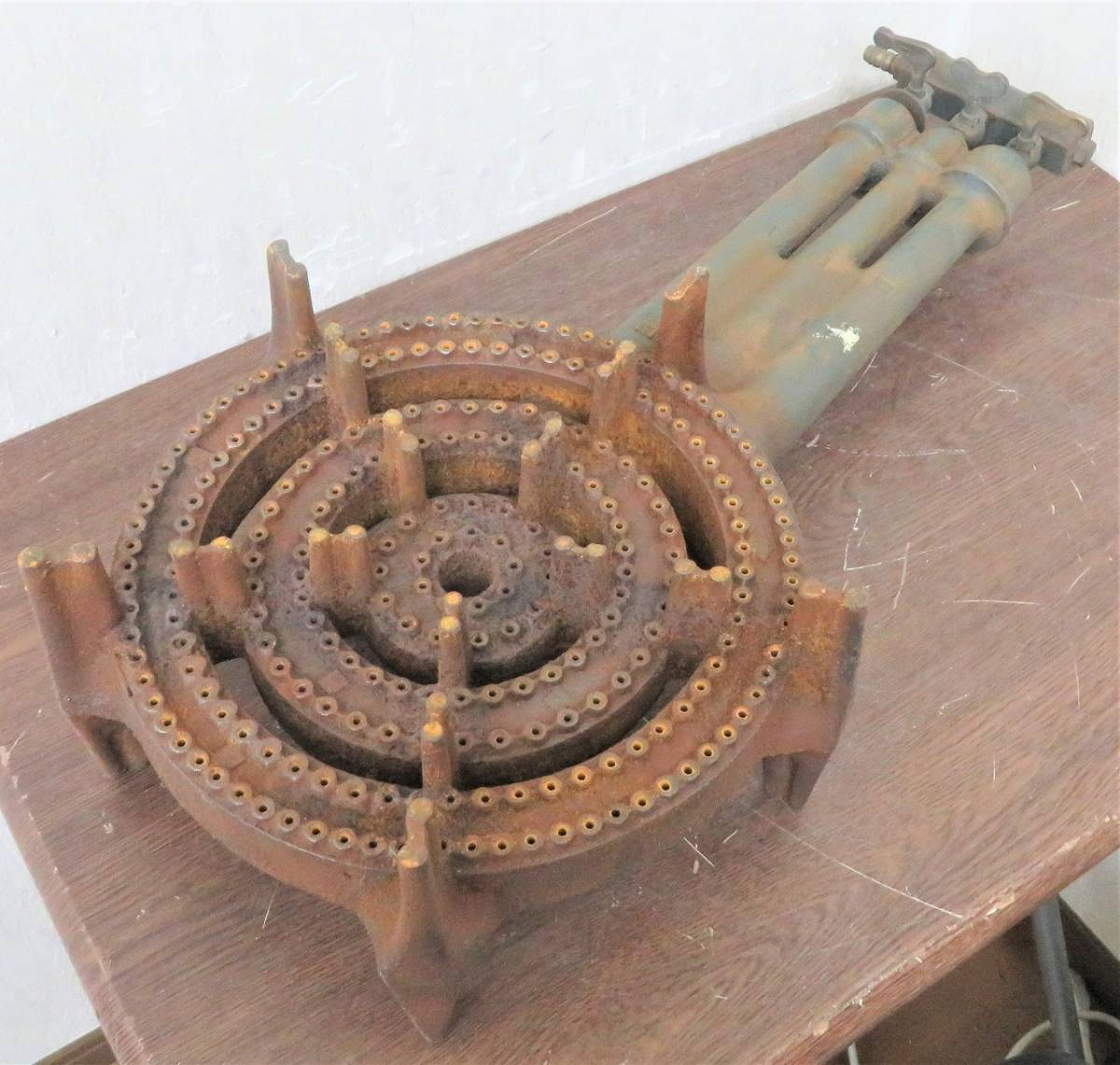 厨房機器《LPガス用鋳物コンロ》業務用/屋台 直径300mm_画像1