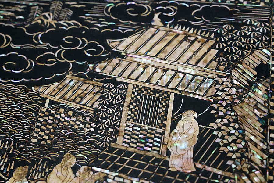 久米家伝来 中国美術 清明朝 青貝螺鈿楼閣山水人物鳳凰文花台 極細密細工 時代木箱入_画像8