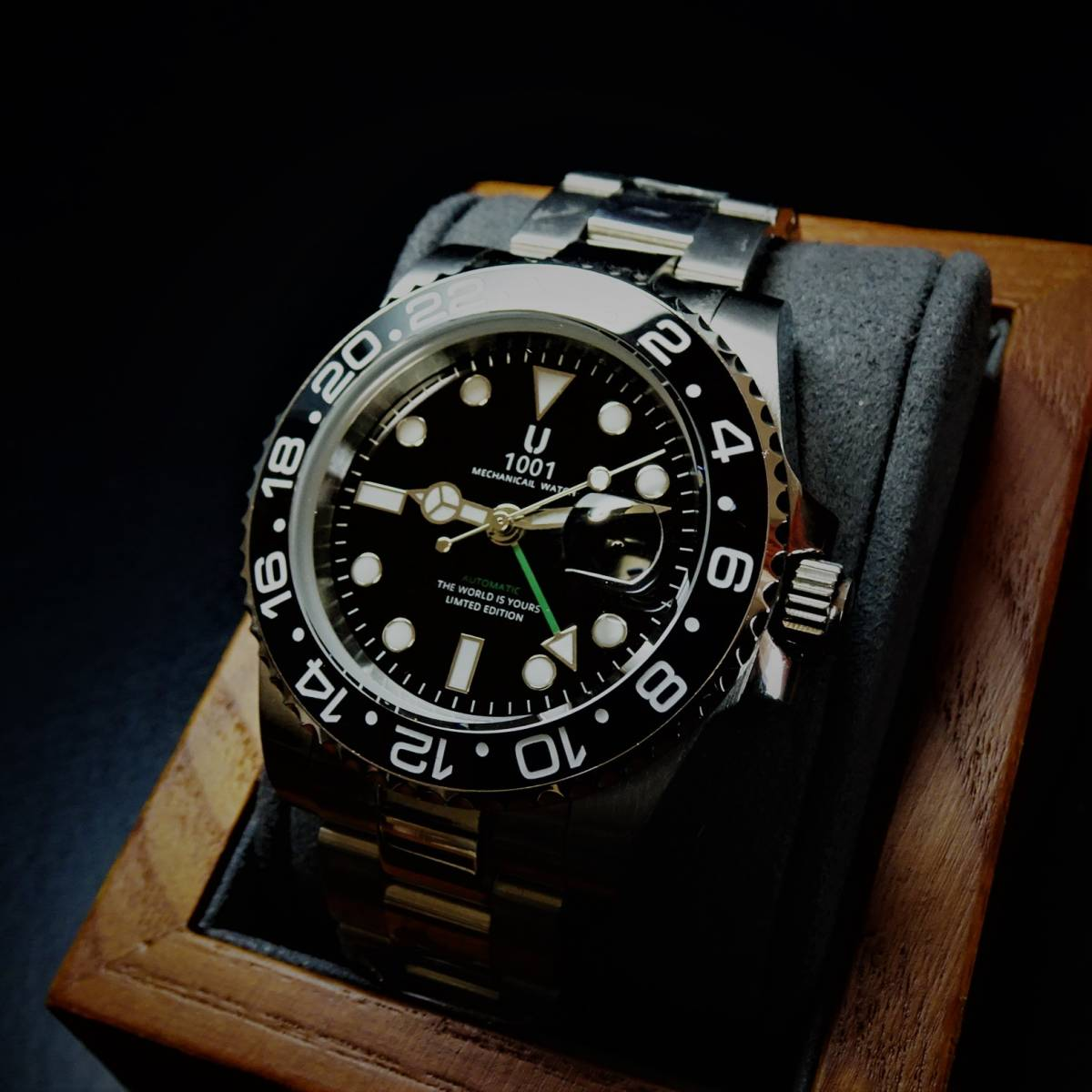 2個〓1円スタート〓新品〓自動巻(手巻き付)GMT針機械式ダイバー腕時計〓U1001ブランド〓ブラックベゼル〓ケースベルトステンレス製