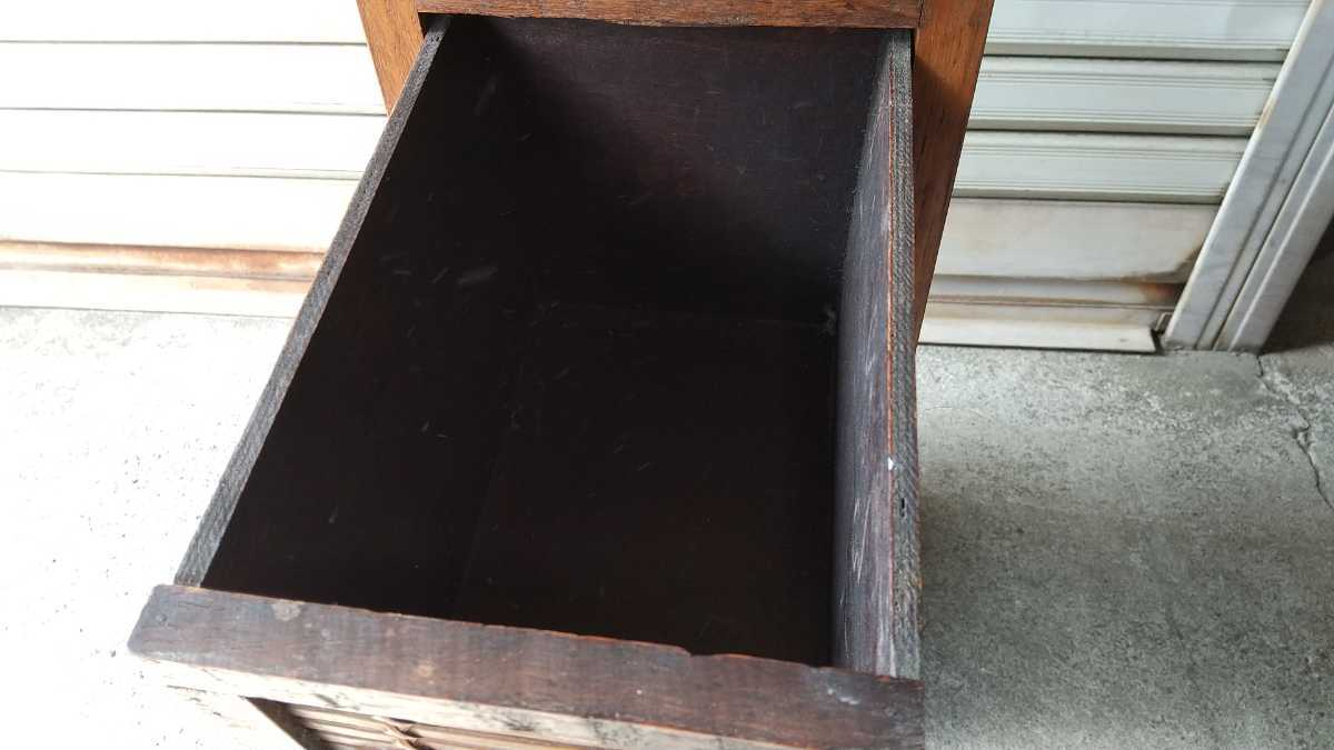 旧家買い取り品 収納箱 小引き出し 編み物 竹製 木製 昭和レトロ アンティーク 古い 収納棚 小物入れ _画像7