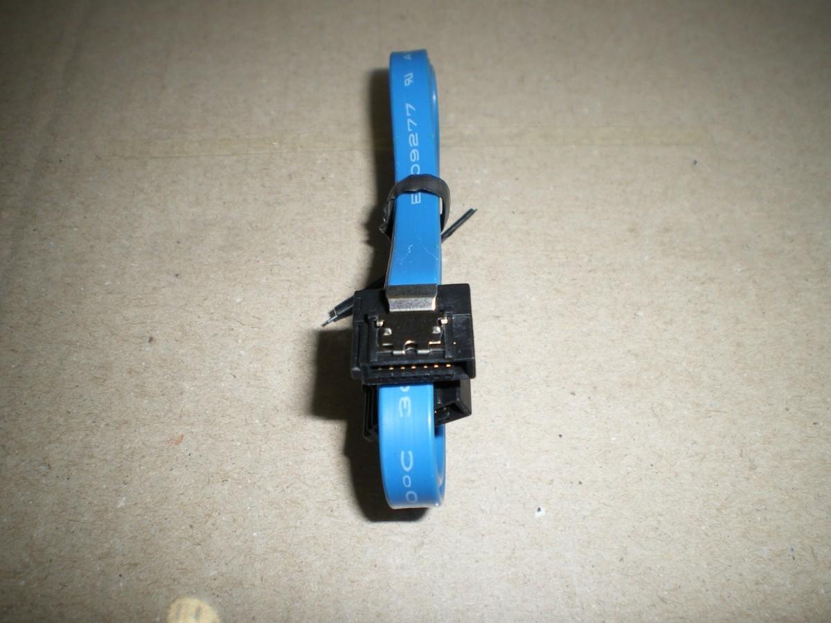 SATA 薄型ケーブル (50cm) 1本