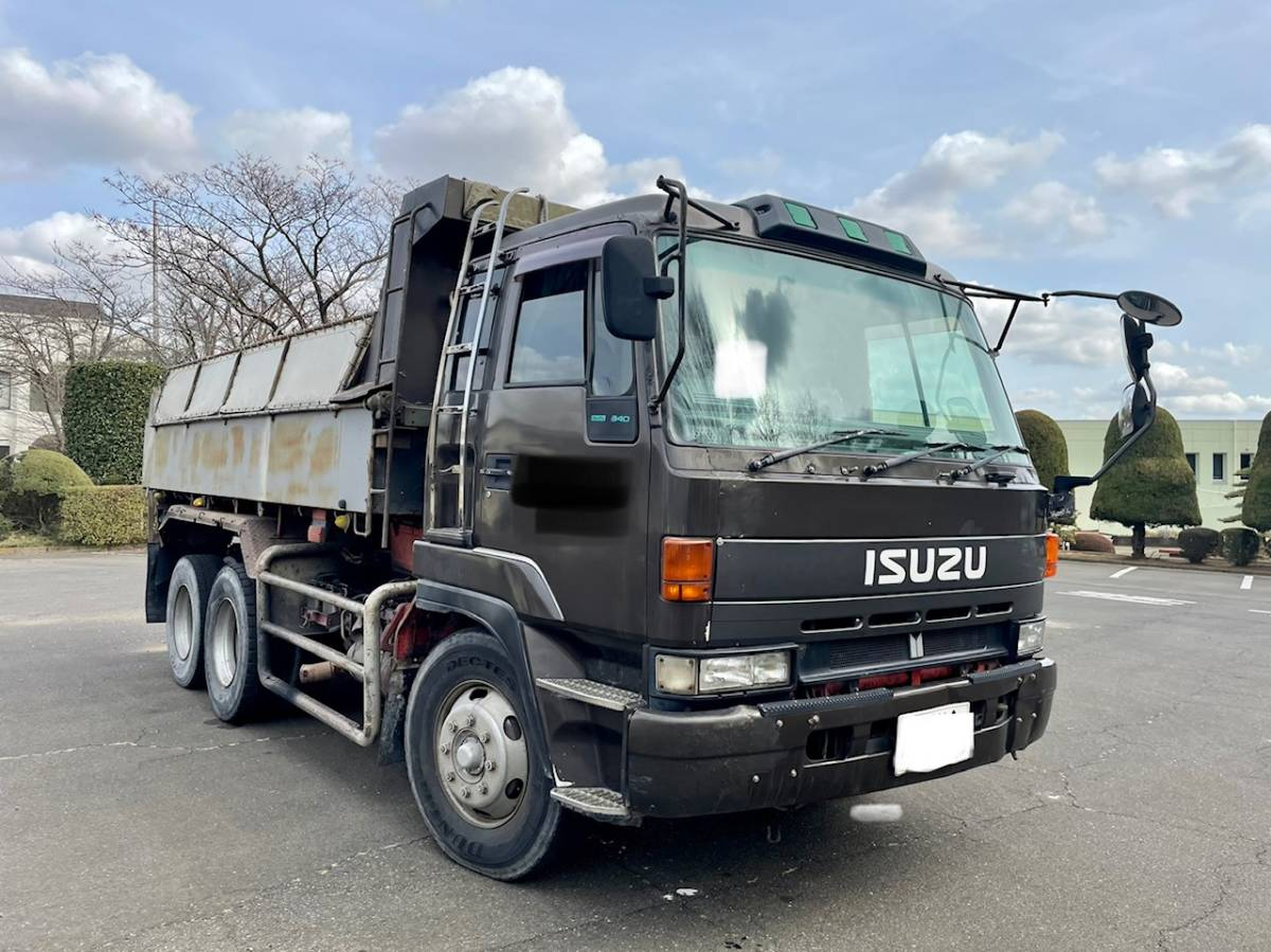 「【平成7年式】いすゞ ギガ ダンプ 走行1.358.527km 最大積載量8.900kg 車検令和3年9月8日まで」の画像3