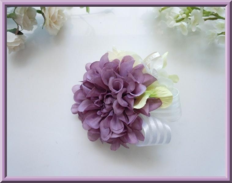 格安特価◆アートフラワー造花◆パープルダリア&ローズのコサージュ*紫色 藤色 卒園式 入学式 卒業式 結婚式 二次会 式典など_画像2