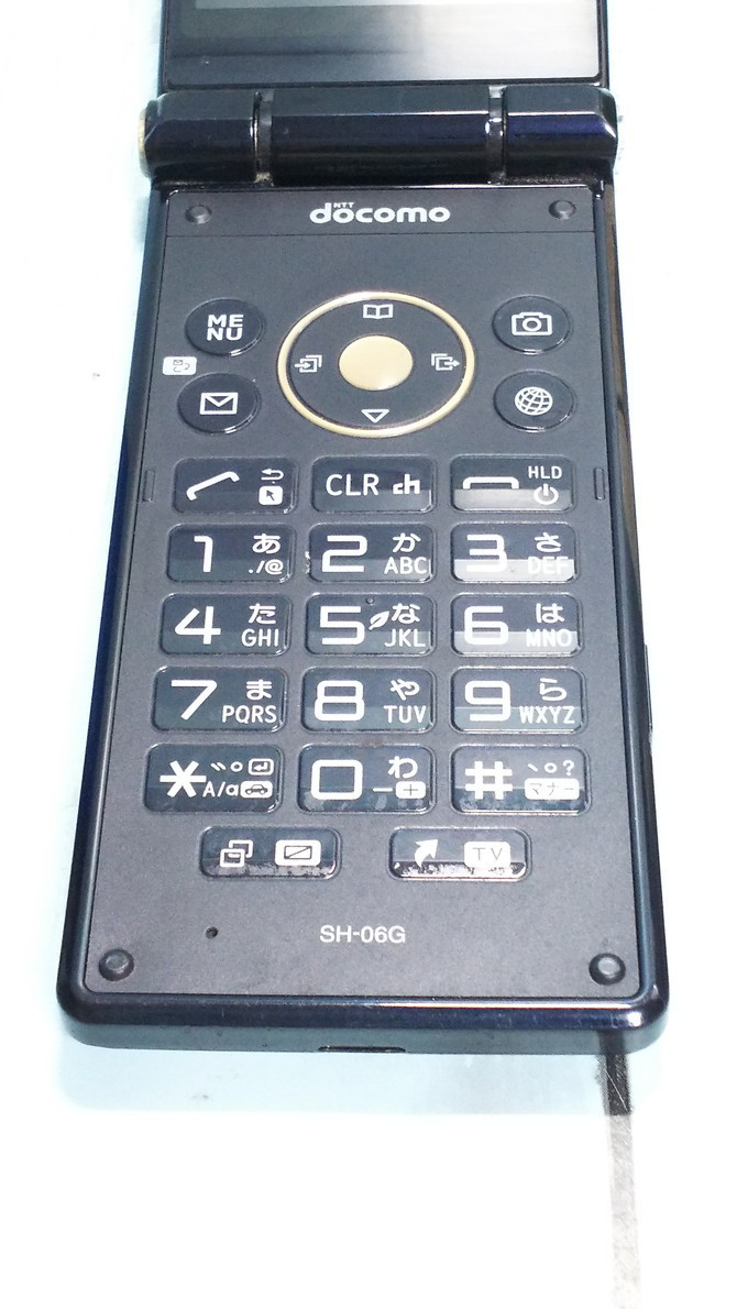 docomo AQUOS SH-06G ブラック 本体 白ロム SIMロック解除済み SIMフリー 733521_画像6