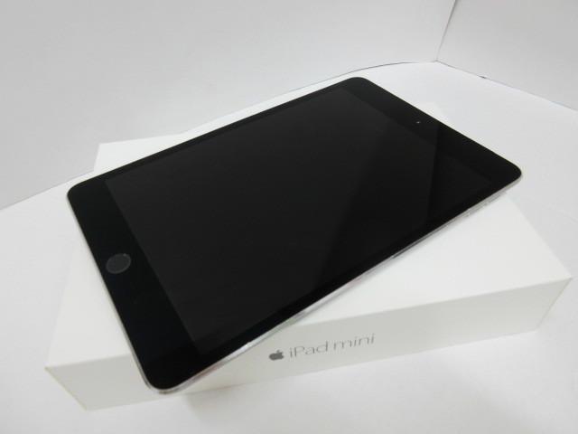 タブレット祭 au iPad mini 4 Wi-Fi+Cellular 64GB シルバー A1550 MK722J/A 〇判定 タブレット Apple