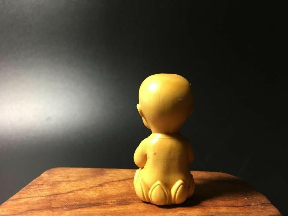 仏教美術 柘植 可愛い布袋 仏具 仏像  置物 お守り  根付 縁起物 枕本尊サイズ 40mm柘植 木材