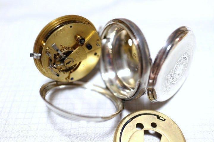 即決 銀無垢 1875年 英国製 超希少 CCWM製造 機械式 懐中時計_画像1