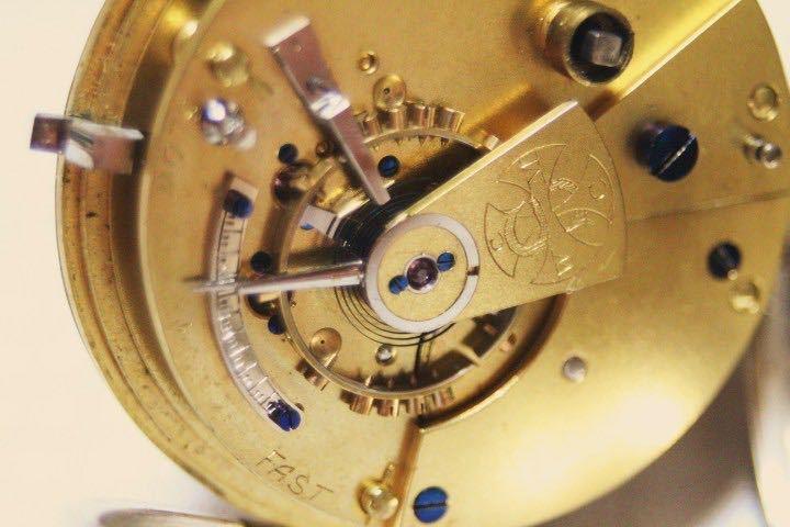 即決 銀無垢 1875年 英国製 超希少 CCWM製造 機械式 懐中時計_画像3