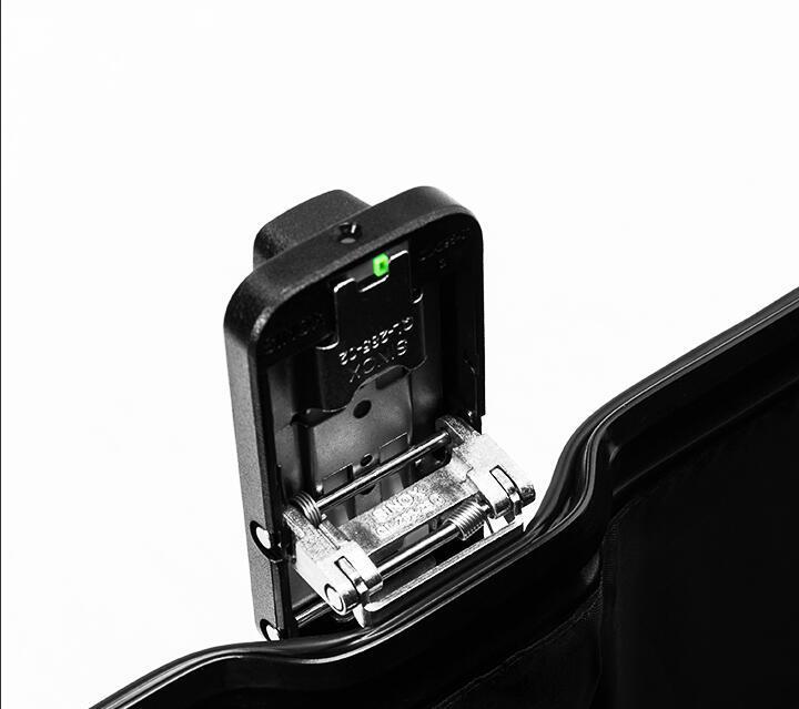 アルミスーツケース 17インチ ブラック 機内持ち込み 小型 アルミトランク 旅行用品 TSAロック キャリーケース キャリーバッグ_画像9