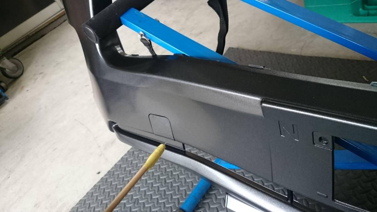 格安売り切り【ほとんど訳なし】新品 ハイエース 200系 4型 標準用 純正タイプ フロントバンパー 1G3 グレーメタリック 塗装済み_画像2