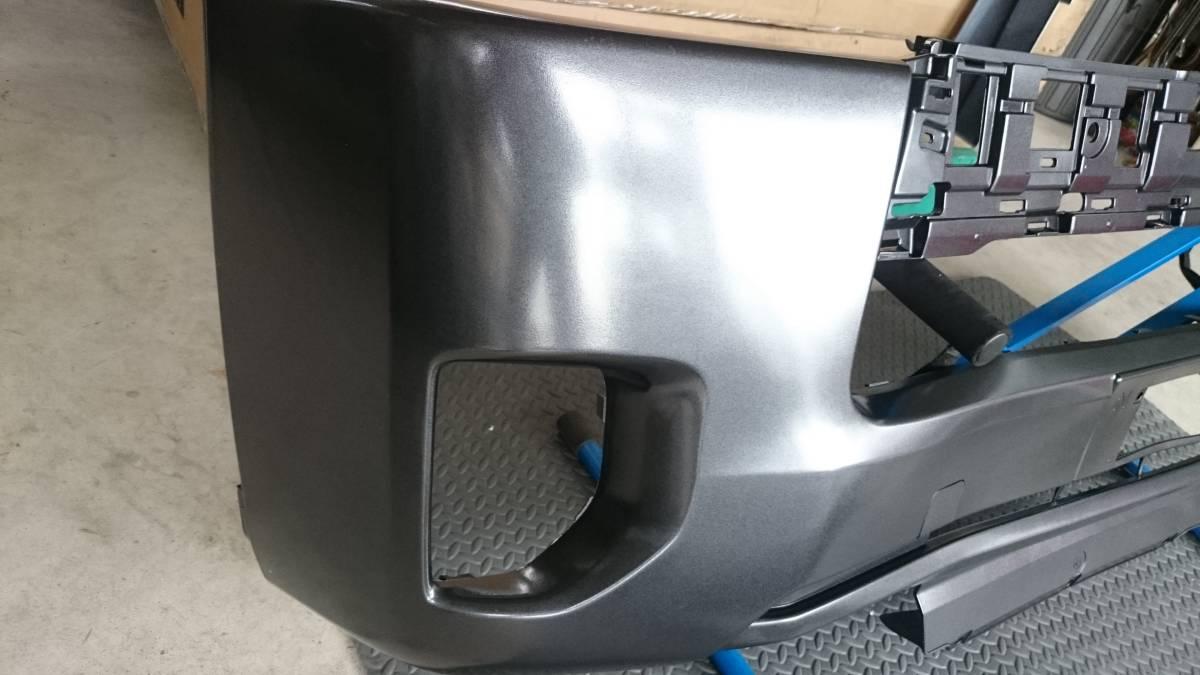 格安売り切り【ほとんど訳なし】新品 ハイエース 200系 4型 標準用 純正タイプ フロントバンパー 1G3 グレーメタリック 塗装済み_画像4