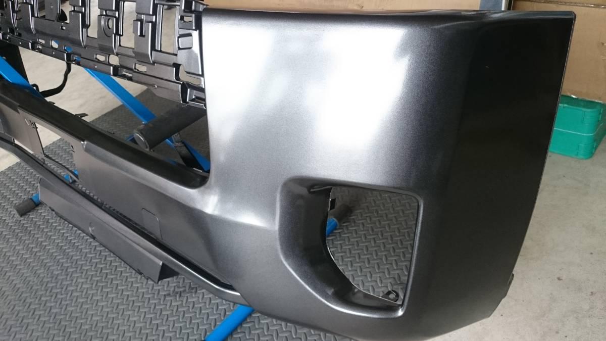 格安売り切り【ほとんど訳なし】新品 ハイエース 200系 4型 標準用 純正タイプ フロントバンパー 1G3 グレーメタリック 塗装済み_画像6