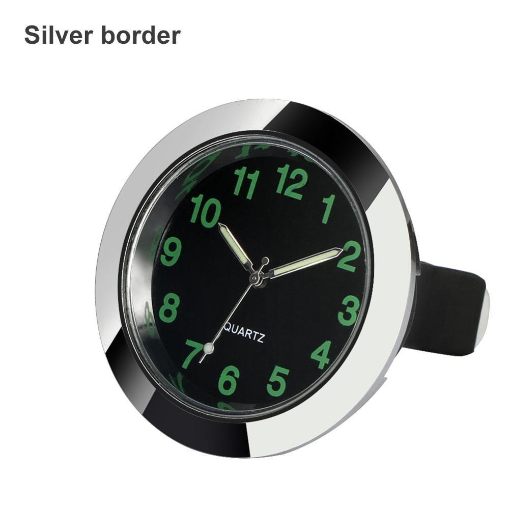 Ia0010 ☆新品☆ 車のクォーツ時計 車の装飾 装飾品 インテリア時計 デジタル時計 クォーツ時計 シルバー ブラック 発光 _シルバーです