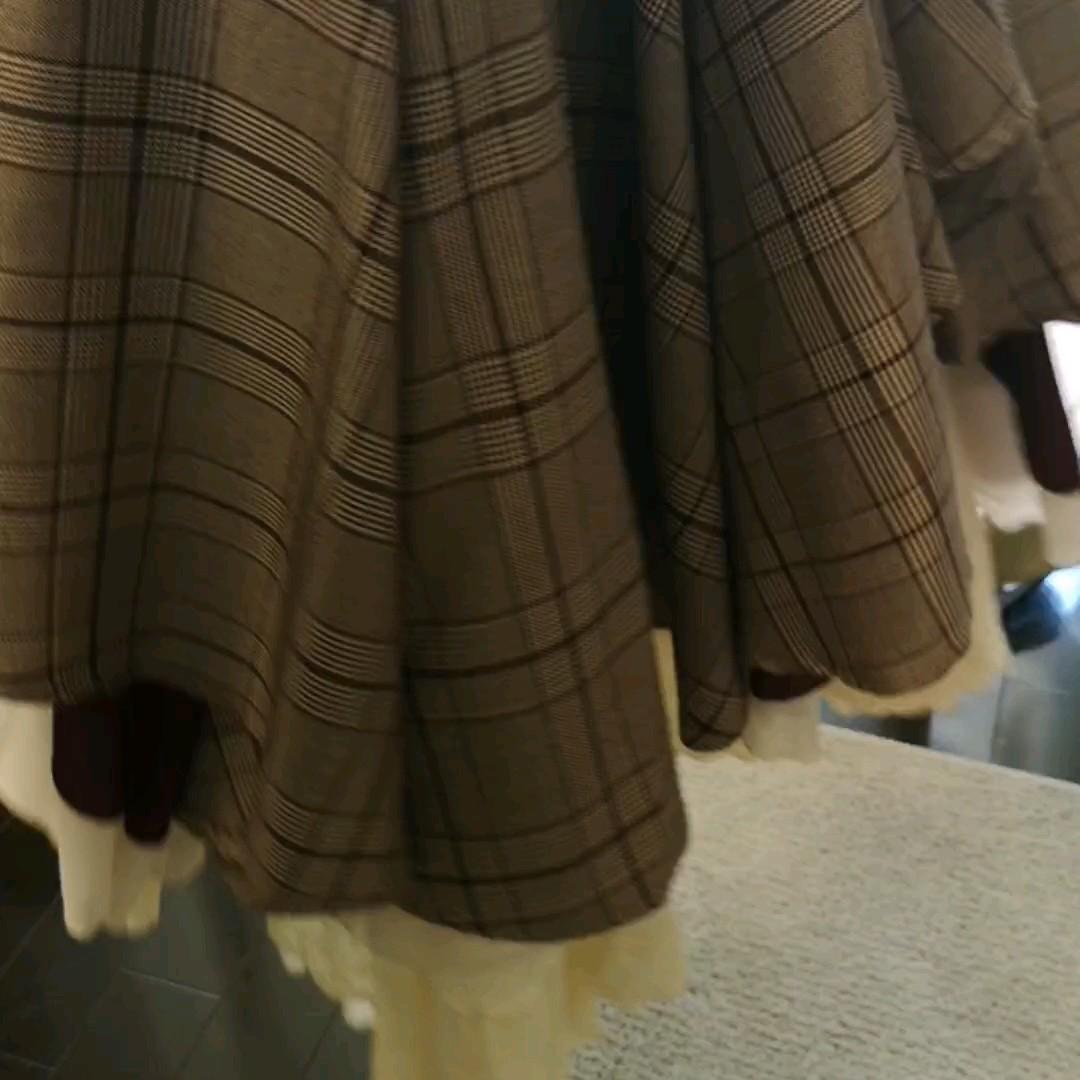 ボトムス スカート ブラウン ロング丈 秋冬 変形 チェック レイヤードFavoriteオリジナルふんわり重なるチェック柄スカート