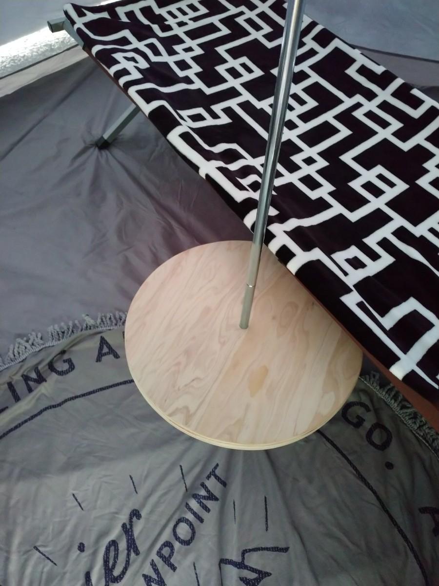 No.2 針葉樹合板、丸型400㍉テーブル、各種サイズ可能。ワンポールテーブル。