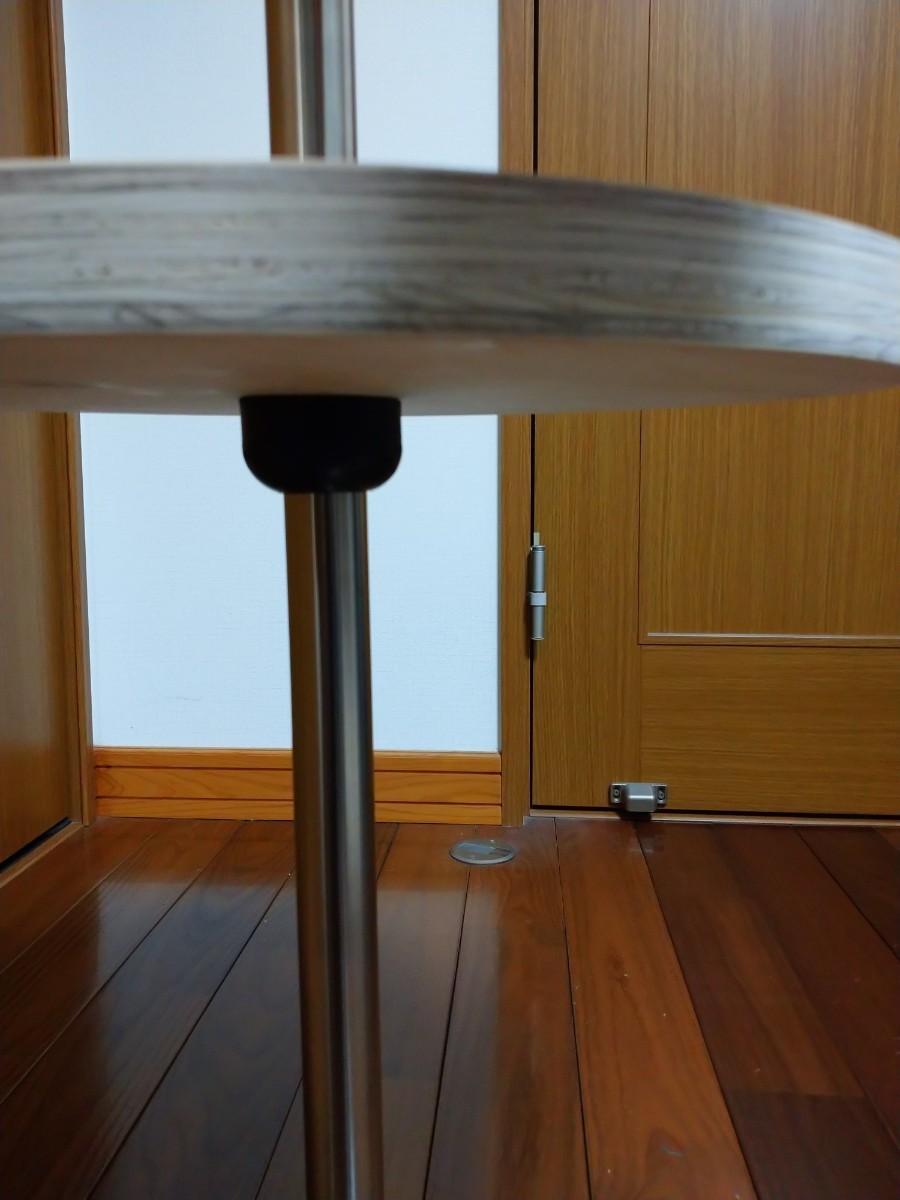 No.4 針葉樹合板、丸型400㍉テーブル、各種サイズ可能。ワンポールテーブル