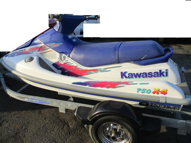 KAWASAKI 船検満タン 750 x4 xi 2乗り_画像2
