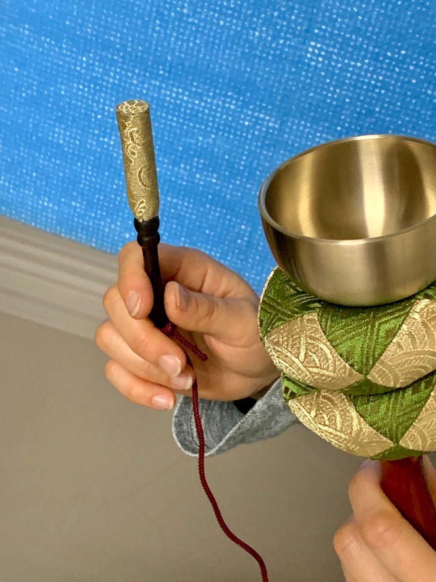 国産仏具 印金 2.3寸 おりん 金襴袋付き 本金箔使用