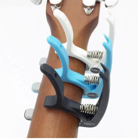 【新品】Slozz プラスチック ギターカポ用 6弦 アコースティック クラシック 電気ギター ラチューニング クランプ 楽器アクセサリー_画像2