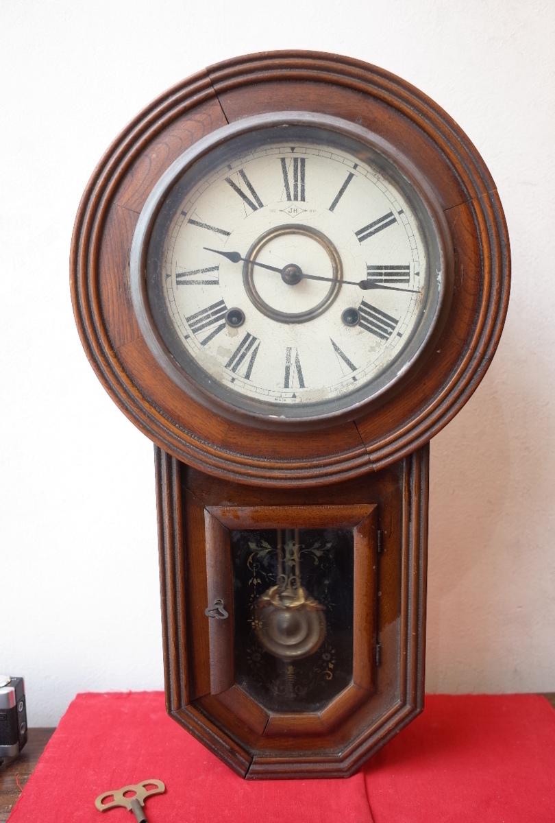 ○手巻き アンティーク振り子時計 日本製 可愛い木製デザイン  古道具のgplus広島 2103k_画像3