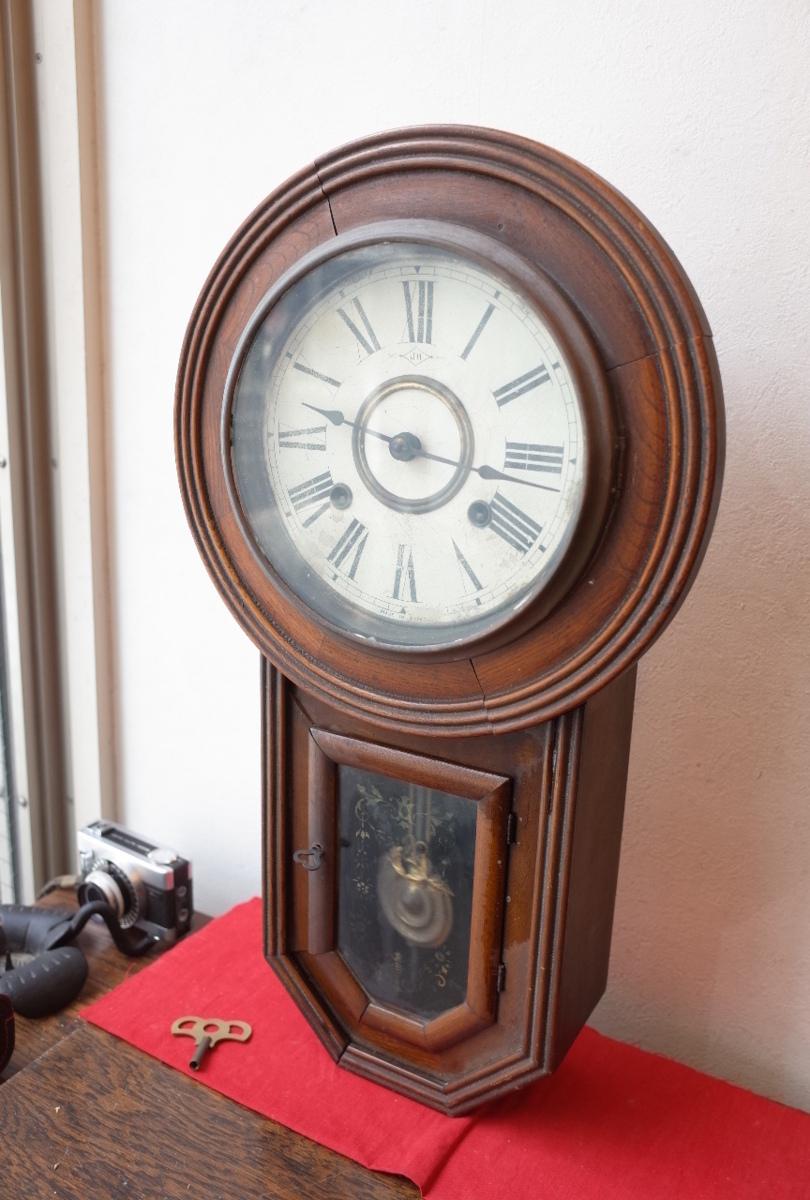 ○手巻き アンティーク振り子時計 日本製 可愛い木製デザイン  古道具のgplus広島 2103k_画像2