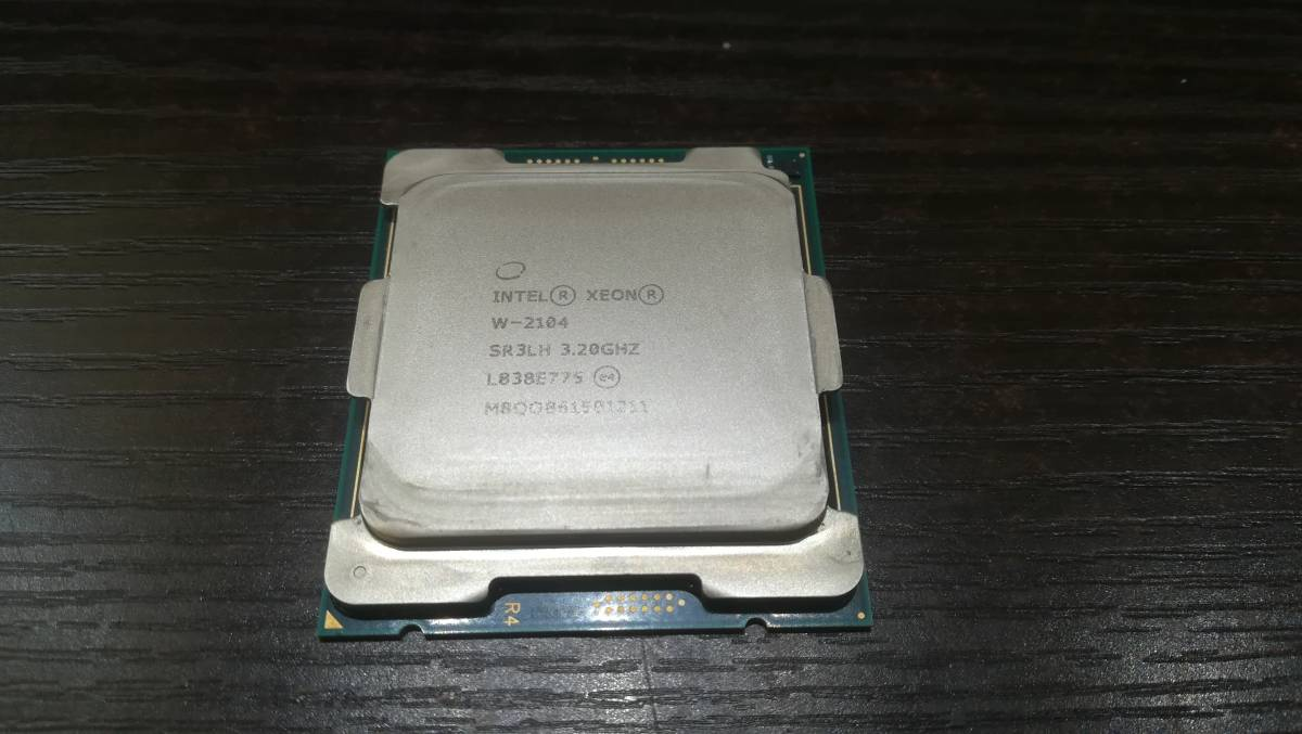 Intel インテル Xeon W-2104 SR3LH 3.20GHz LGA2066 CPU/動作品_画像1