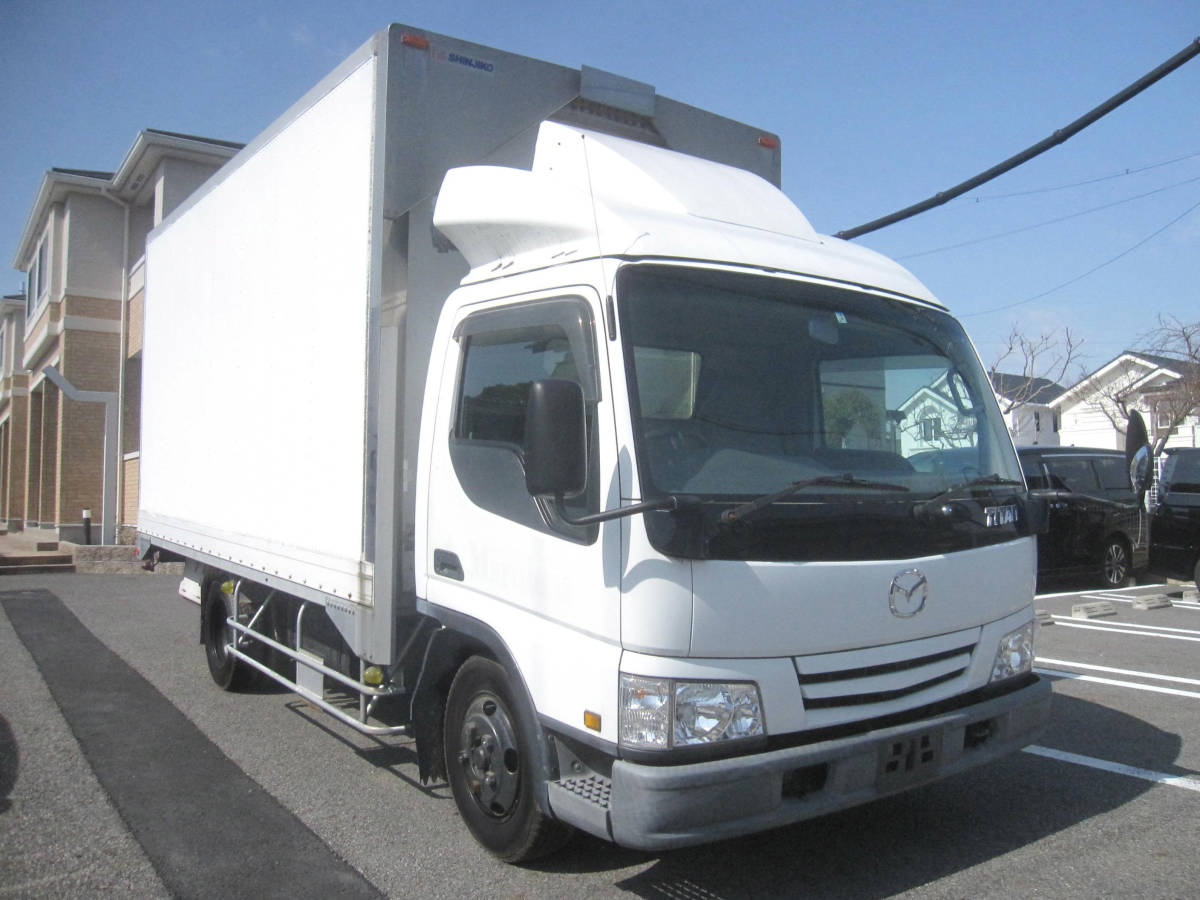 「なかなかない タイタン トラック KK-WH63G 1万キロだい ディーゼル(軽油) NOXPM適合 移動販売車や作業車にも用途色々」の画像1