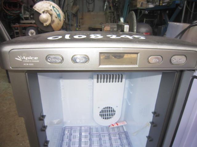 A【石0108245】ポータブル保冷温庫 アピックス ACW-650 100V 50/60Hz 68W DC12V使用可能_画像3
