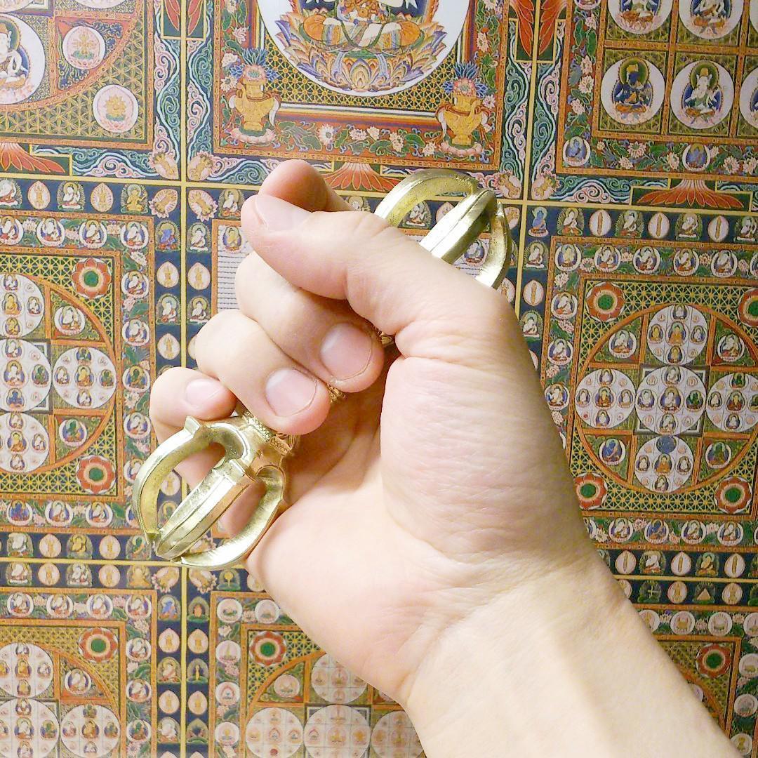 【仏具】五鈷杵 真鍮製 鬼目 総長さ約13cm 密教法具 弘法大詞 仏教美術