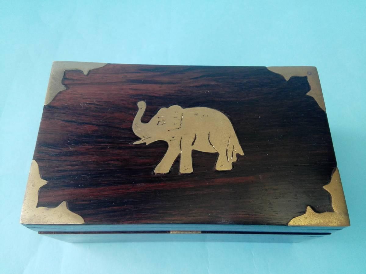 象嵌 木製 金属 小物入れ  アクセサリー入れ  置き物  像模様_画像2