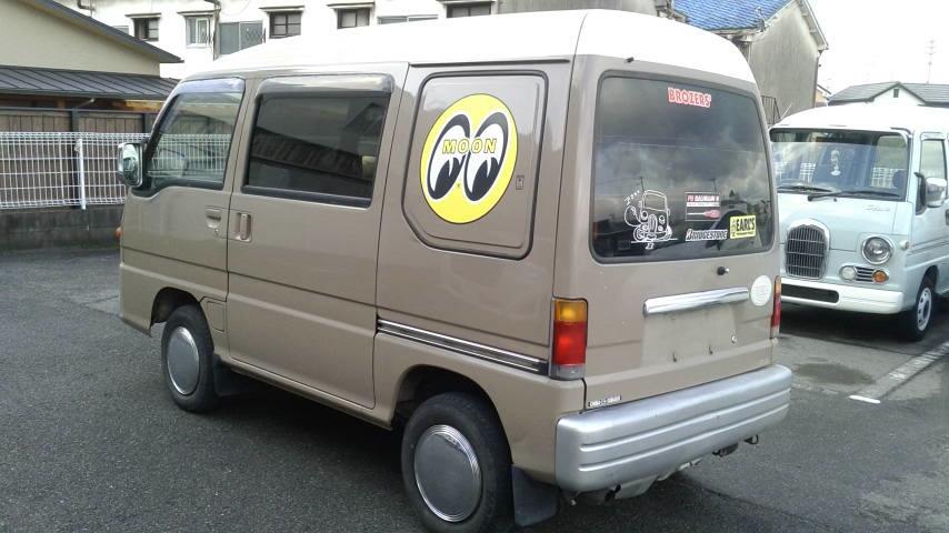 「旧車、レトロ 平成7年式 サンバークラシック 切り替え4WD!5速MTリアヒーター付き!」の画像2
