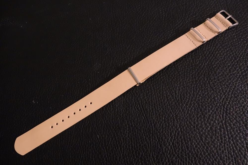 ◆ヌメ革 NATO G10ストラップ◆国産ヌメ革 18mm ナチュラル 日本製 本牛革 ミリタリー ブレスレット 腕時計ベルト_画像1