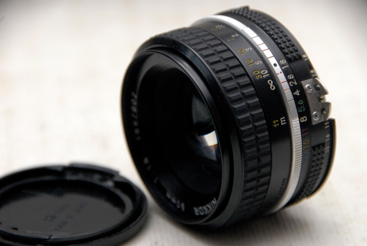 Nikon ニコン 純正 NIKKOR MF 50mm 高級単焦点レンズ 1:1.8 (Ai) 作動品
