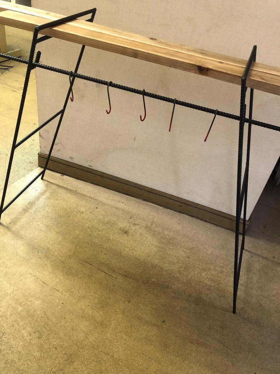 2鉄脚 人気アイアンラック テーブル アウトドア キャンプ道具