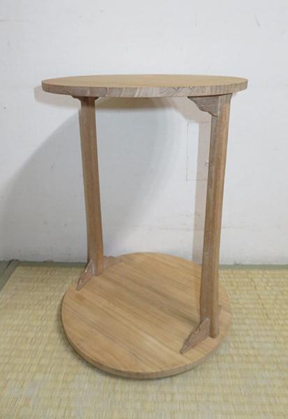 ◆ 茶道具 棚 小棚 【 利休形 桐木地 丸卓 】紙箱_画像2