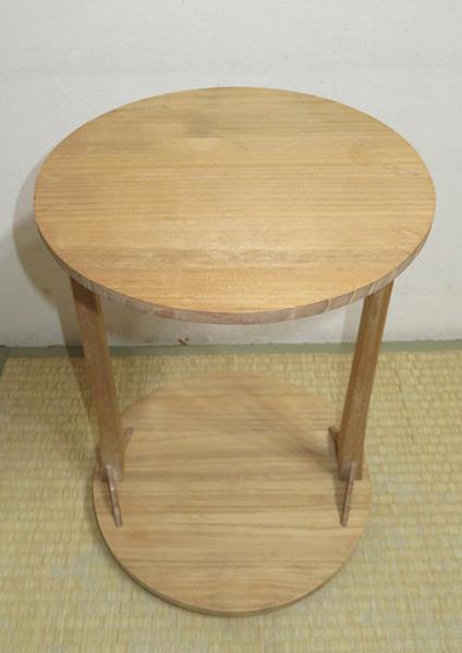 ◆ 茶道具 棚 小棚 【 利休形 桐木地 丸卓 】紙箱_画像4