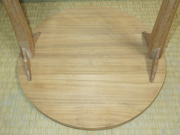 ◆ 茶道具 棚 小棚 【 利休形 桐木地 丸卓 】紙箱_画像6