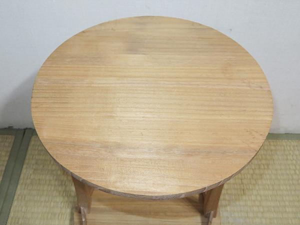 ◆ 茶道具 棚 小棚 【 利休形 桐木地 丸卓 】紙箱_画像5