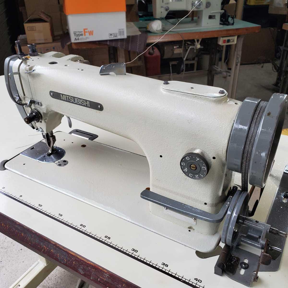 工業用ミシン、革、レザー、テント、シート、その他厚物縫いミシン、三菱MITSUBISHI 上下送り倍釜ミシンDY-350 !整備済み品、綺麗!_画像1