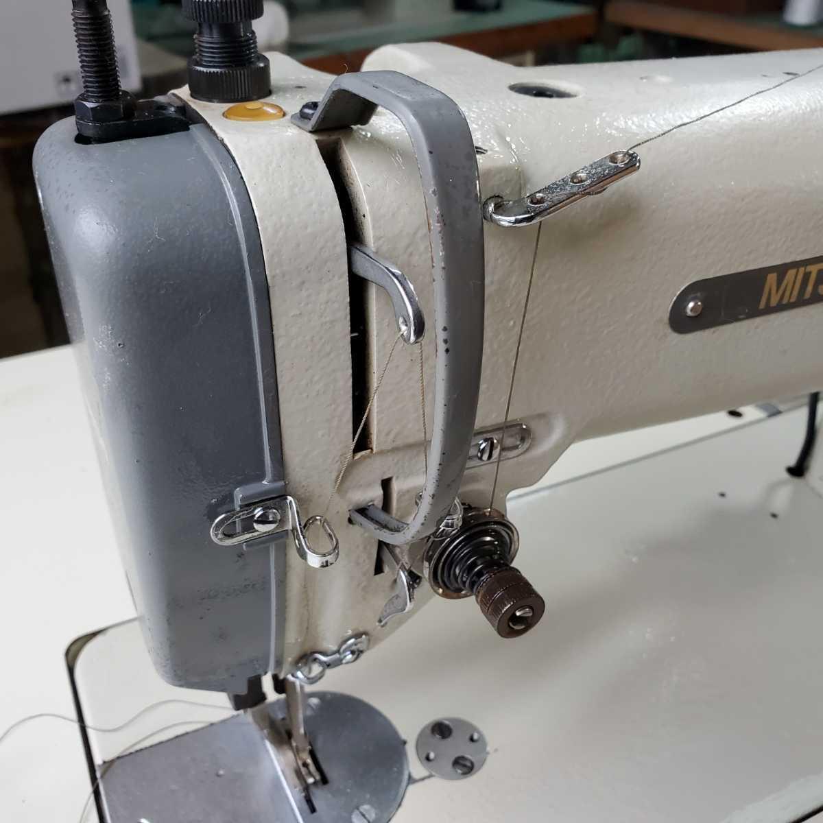 工業用ミシン、革、レザー、テント、シート、その他厚物縫いミシン、三菱MITSUBISHI 上下送り倍釜ミシンDY-350 !整備済み品、綺麗!_画像7