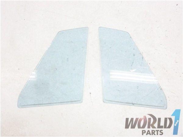 GC10 スカイライン ハコスカ 4ドア 純正 リア クォーターガラス 青 左右セット 2000GT GT-X 4Dr L20 L型 日産 旧車 希少 当時物 NISSAN_画像1