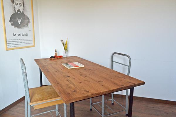 テーブル iron leg 150 鉄脚 アンティーク 大きい 什器 無垢 杉 鉄足 インダストリアル カフェ cafe アトリエ デスク _画像6