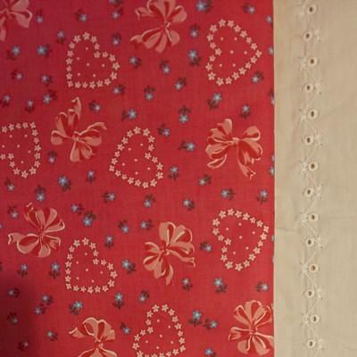 YUWA 松山敦子さんデザイン 綿100%リボンとハートにフラワー ピンク系 生地巾約110cm×約50cm