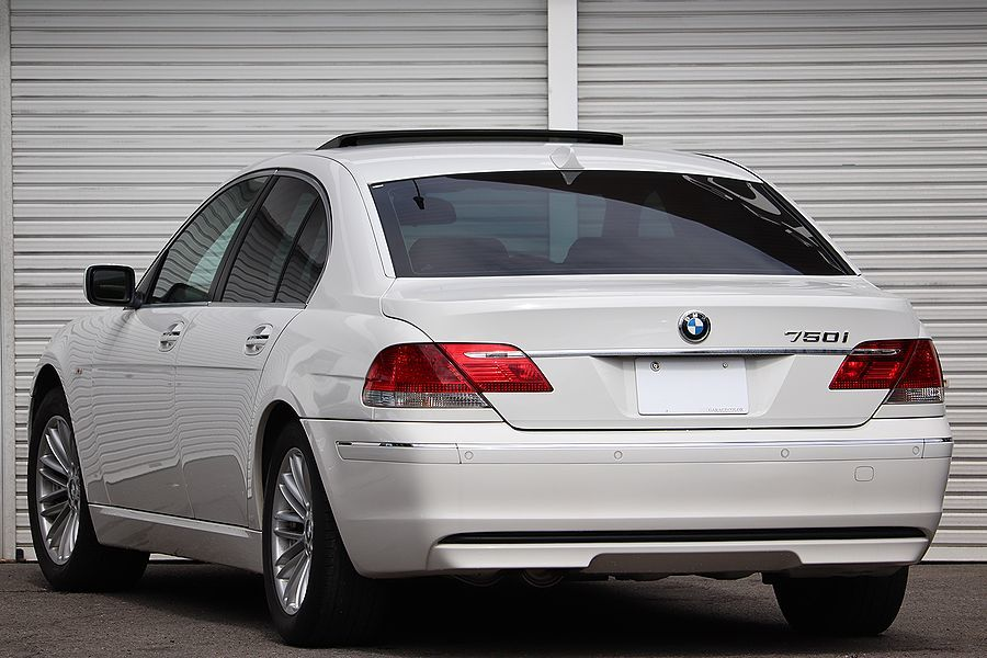 「【 走行6万k / 後期モデル 】2006y BMW 750i コンフォートPKG ベージュインテリア スマートキー」の画像3